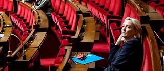 Marine LePen, présidente du Rassemblement national, assiste à un débat sur les politiques migratoires à l'Assemblée nationale, le 7octobre.