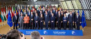Photo de famille au Conseil européen, jeudi à Bruxelles.