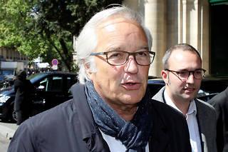 François Rebsamen doit justifier son choix de Suez pour gérer le marché de l'eau dans la métropole de Dijon.