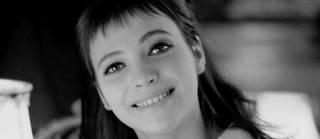 D'origine danoise, l'actrice au visage pâle dévoré par de grands yeux bleu-gris avait tourné sept films avec Godard, alors son compagnon, dans les années 1960.