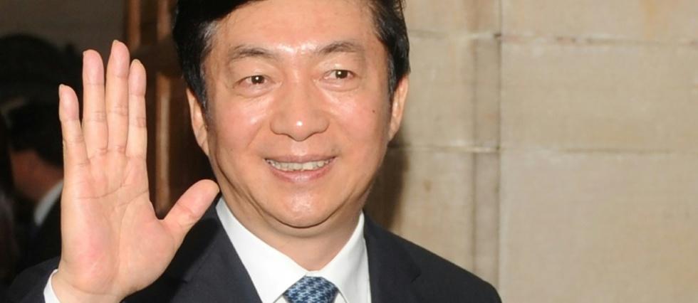 Pékin limoge son représentant à Hong Kong, englué dans une crise sans fin