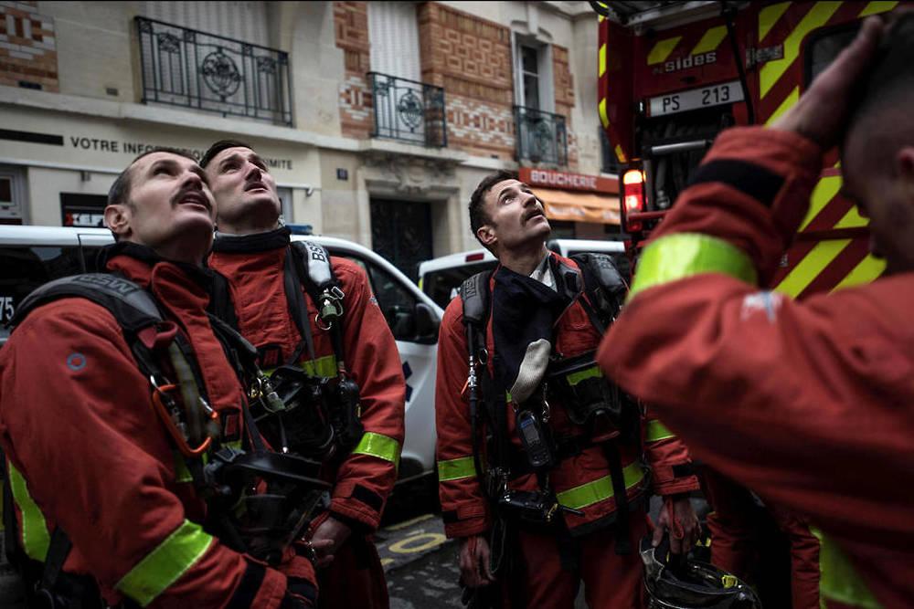 Beaujeu Les Anciens Pompiers De Paris Rendent: EN IMAGES. En Immersion Avec Les Pompiers De Paris