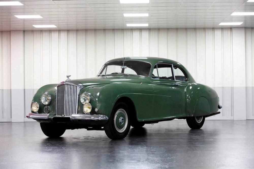 Bentley ©  RM Sotheby's