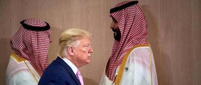 Lors d'une conversation telephonique le 2 avril 2020, Donald Trump aurait lance a l'impetueux Mohammed ben Salmane : il ne s'opposerait pas a la volonte des senateurs de rapatrier les systemes antimissiles Patriot si Riyad ne reduisait pas sa production d'or noir.