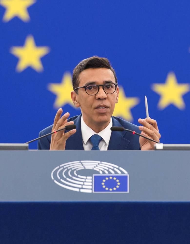 CEE, Parlement Européen, Younous Amorjee,  ©  Michel Christen