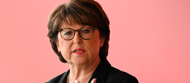 Martine Aubry reelue in extremis a Lille.