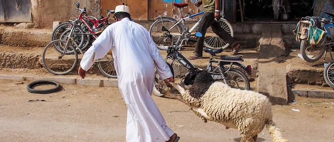 Apres avoir subi les consequences du Covid-19 lors de l'Aid-el-Fitr, les Marocains ont vu leur Aid-el-Adha largement perturbe par la crise sanitaire du nouveau coronavirus.