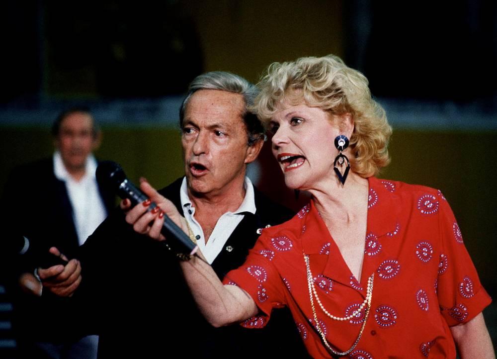 Guy Lux, Simone Garnier, télévision, Intervilles, ©  GEORGES BENDRIHEM / AFP