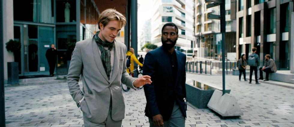 Robert Pattinson et John David Washington dans Tenet de Christopher Nolan