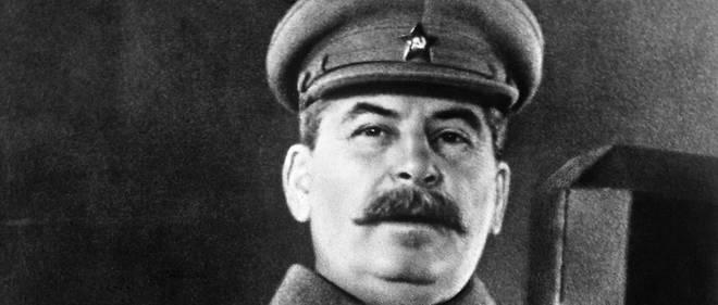 Joseph Staline, lors d'une adresse a l'Armee rouge, le 7 novembre 1941