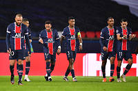 Le Paris Saint-Germain s'est incline a domicile (1-2) contre Manchester United.