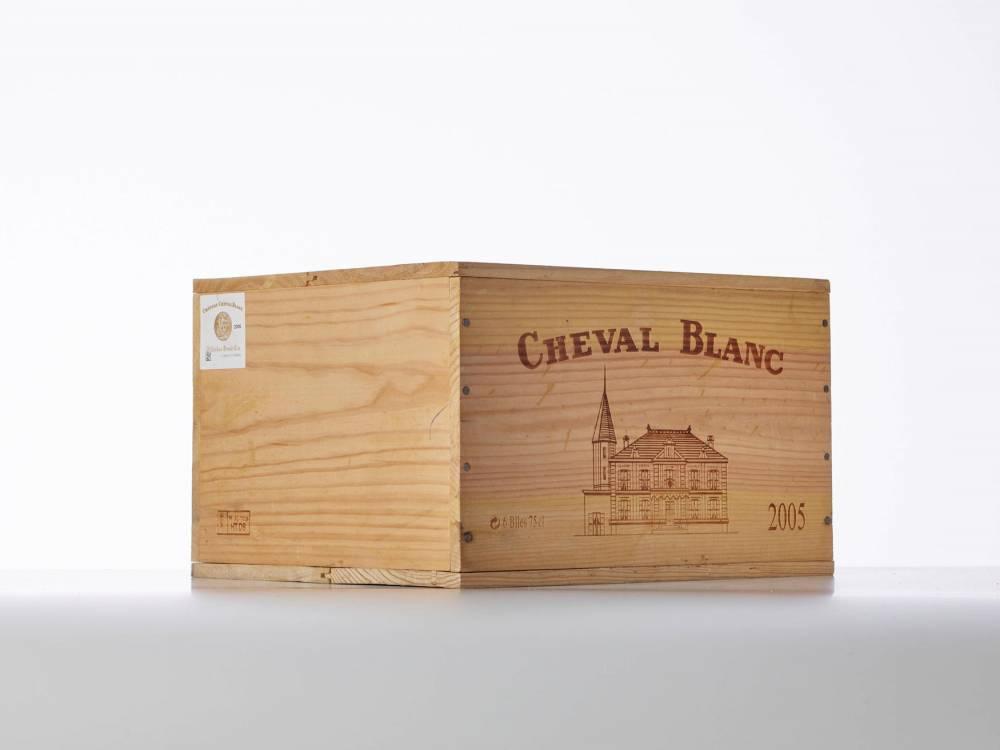 Vin,  enchères ©  Besch Auction