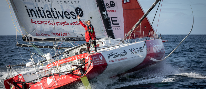 Samantha Davies à bord de son Imoca  « Initiatives-Coeur ».
