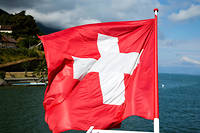Un drapeau suisse sur le lac Léman (photo d'illustration).