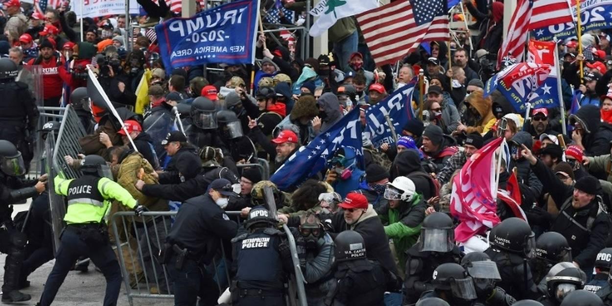 Des pro-Trump envahissent le Capitole, l'Amérique sous le choc - Le Point