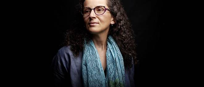 Nacira Guenif-Souilamas est l'une des theoriciennes du mouvement decolonial francais.