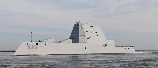 Le destroyer << USS Zumwalt >> est entre en service en avril 2020.
