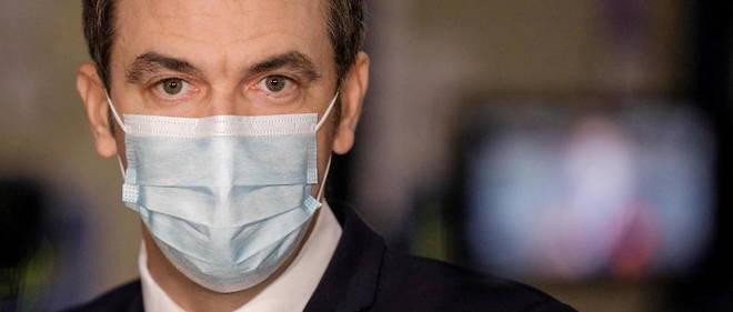 Le gouvernement demande aux Francais  de ne plus utiliser de masque artisanal .