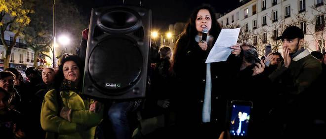 Houria Bouteldja, du Parti des Indigenes de la Republique, lors d'un rassemblement a Paris.