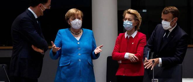 << Angela Merkel a toujours soutenu von der Leyen, malgre ses echecs repetes. Quant a von der Leyen, elle a toujours ete loyale a Merkel, meme durant la crise des refugies de 2015. >>
