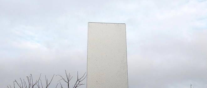 Des monolithes sont apparus un peu partout dans le monde ces derniers mois, comme ici en Ukraine (photo d'illustration).