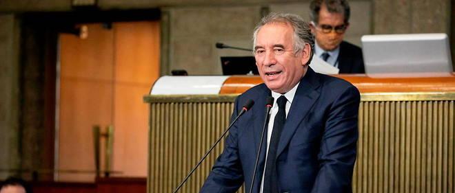 Francois Bayrou, Haut-Commissaire au plan, a consacre sa note d'ouverture numero 3 en tant que Haut-Commissaire au Plan a la dette.