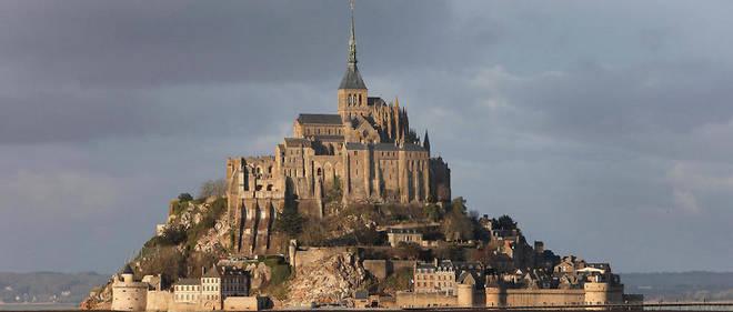 Il est interdit d'escalader le Mont-Saint-MIchel