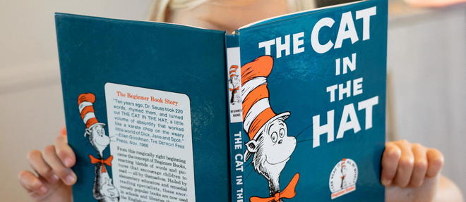Couverture de << The Cat in the Hat >>.