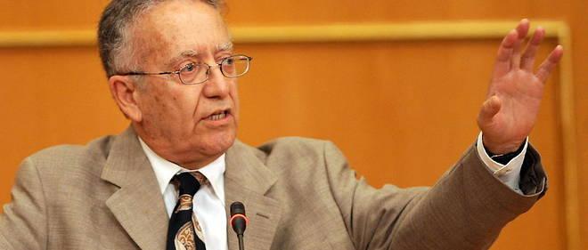 Ancien president de la Haute Instance pour la reforme politique et la transition democratique, Yadh Ben Achour est aujourd'hui membre du comite des droits de l'homme des Nations unies.
