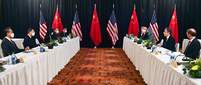 March 21, 2021, US Secretary of State Anthony Blinkan before Yang Jiechi, Chinese Director of the Chinese Foreign Relations Committee in Anchorage, Alaska.