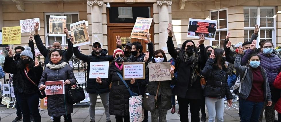 Birmanie: l'ambassadeur a Londres evince, affrontements meurtriers dans le centre du pays