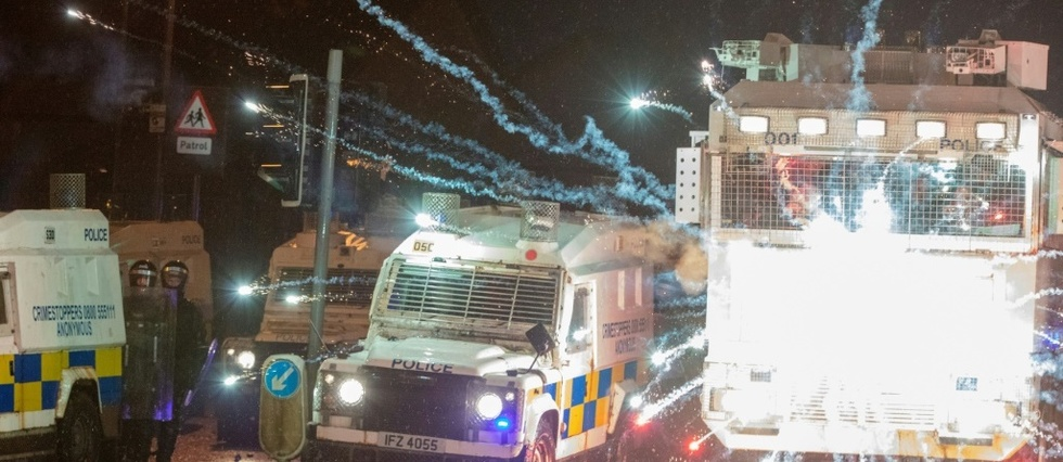 "Dublin met en garde contre une ""spirale"" de violences"