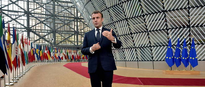 Au niveau europeen, Emmanuel Macron tente de faire concilier competitivite et convergence sociale.