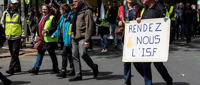 Demonstration of yellow vests, in Paris, April 27, 2019.