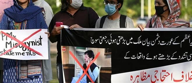 Pakistan: tolle apres des propos d'Imran Khan liant viol et tenue vestimentaire