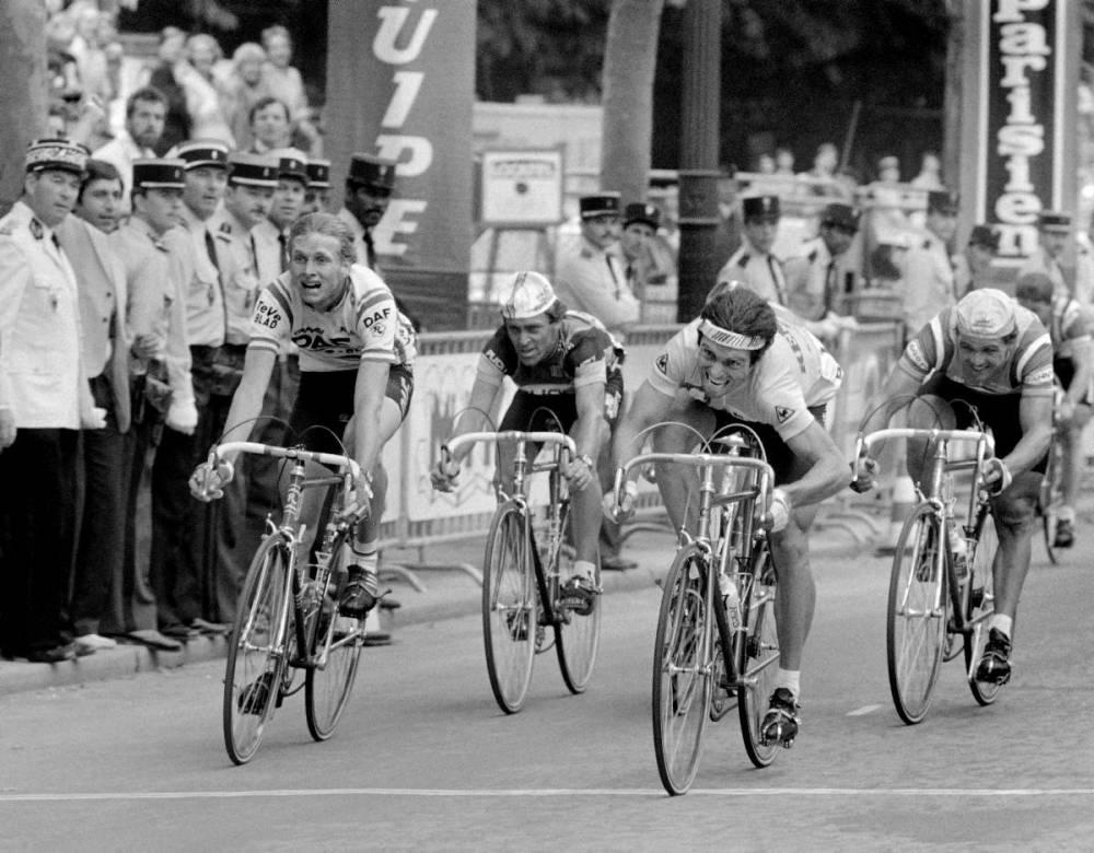 Adrie van der Poel, Tour de France 1982, Bernard Hinault, maillot jaune ©  STAFF / AFP