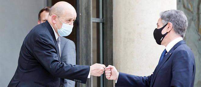 Les chefs de la diplomatie francaise et americaine, Jean-Yves le Drian et Antony Blinken, a l'Elysee le 25 juin 2021.