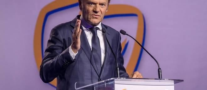 Pologne: l'ex-president du Conseil europeen Donald Tusk a la tete du parti d'opposition PO