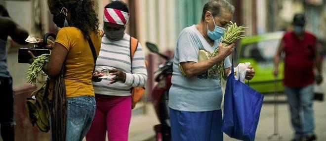 Les Cubains saluent les mesures annoncees... mais veulent plus