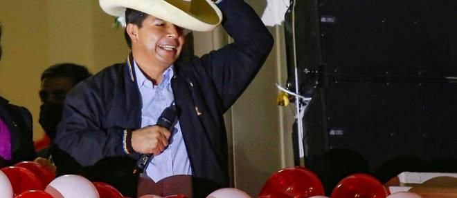 Perou: investiture sous haute securite pour Pedro Castillo