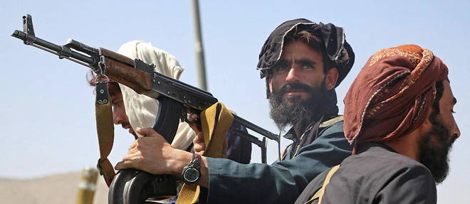 Des combattants talibans a Kaboul le 16 aout 2021.