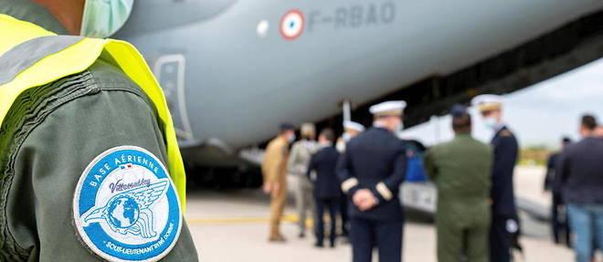 Le point aerien entre Kaboul et Paris a permis d'evacuer pres de 3 000 personnes entre l'Afghanistan et la France.