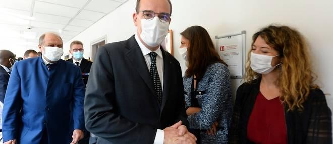 """Violences conjugales: autant de bracelets et de """"telephones grave danger"""" que necessaire dit Castex"""