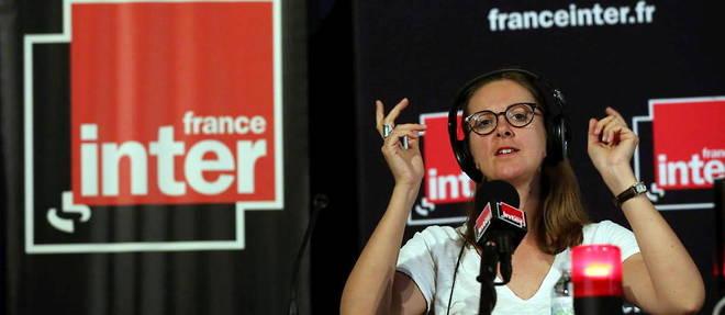 Charline Vanhoencher a suscite la polemique, jeudi 16 septembre, en grimant Eric Zemmour de moustaches hitleriennes.