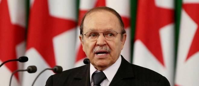 La quete du mandat de trop, le 5e, a precipite la fin de la presidence d'Abdelaziz Bouteflika dans le chaos.