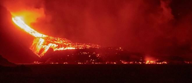 Eruption aux Canaries: la lave s'enfonce dans la mer