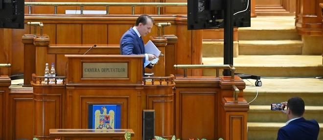 Roumanie: le gouvernement renverse en pleine crise sanitaire