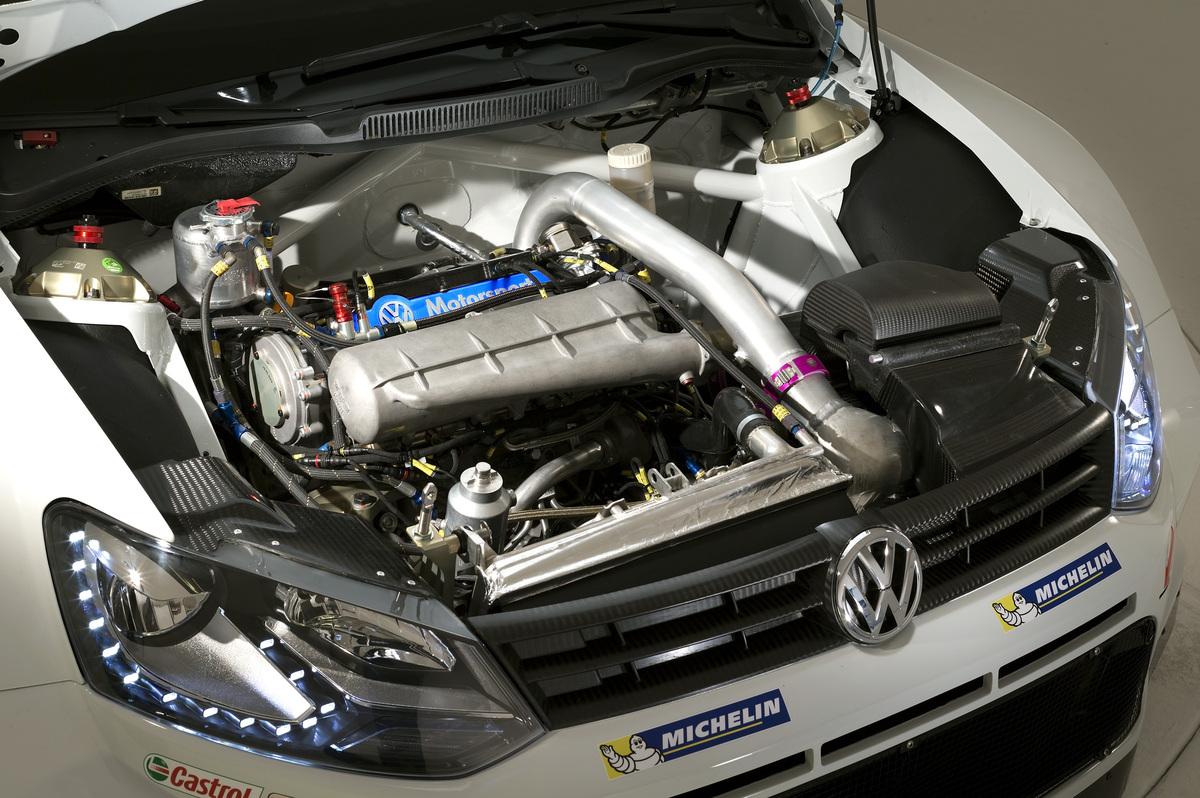 Complètement spécifique, le 4 cylindres 1.6 Turbo à injection directe est un 'global engine'.