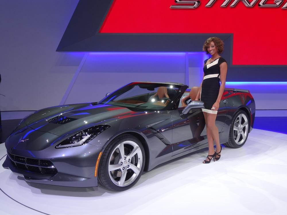 La Corvette Stingray Cabriolet est une des stars de l'édition 2013 du salon de l'automobile de Genève.
