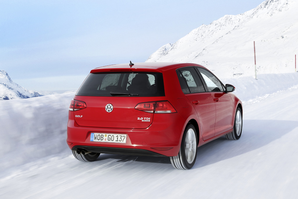 Avec des pneus adaptés, une transmission aux 4 roues fait des merveilles sur la neige.